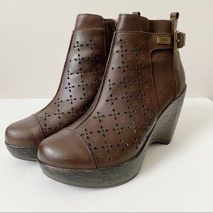 Jambu Brighton Platform Leather Booties